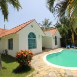 Guest-Friendly Villa with 3 bedrooms and Pool!